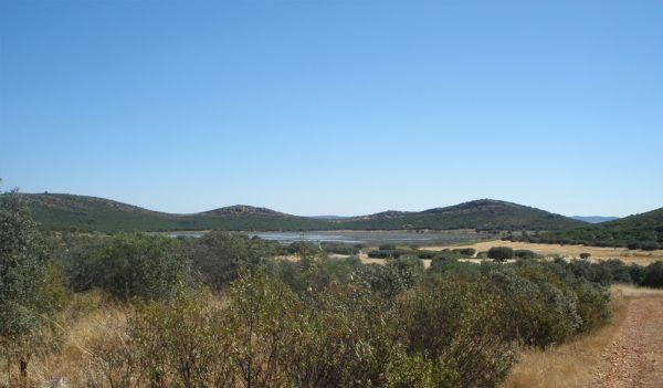 Peñarroya  Lake