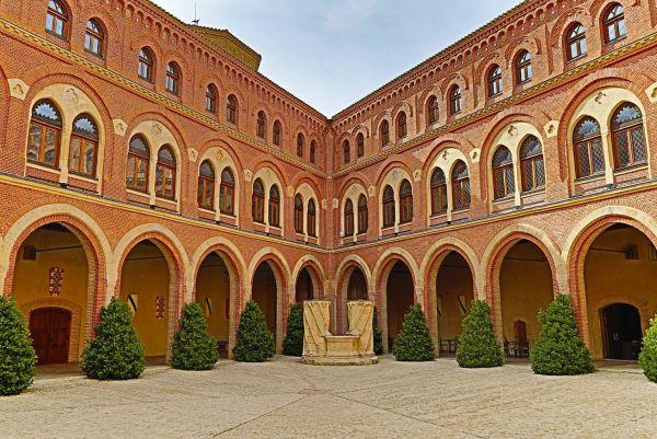 Belmonte (castillo-patio de armas)