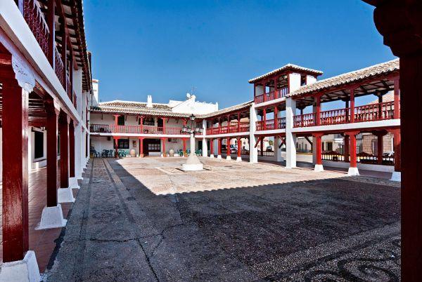 Puerto Lápice (plaza de la Constitución)
