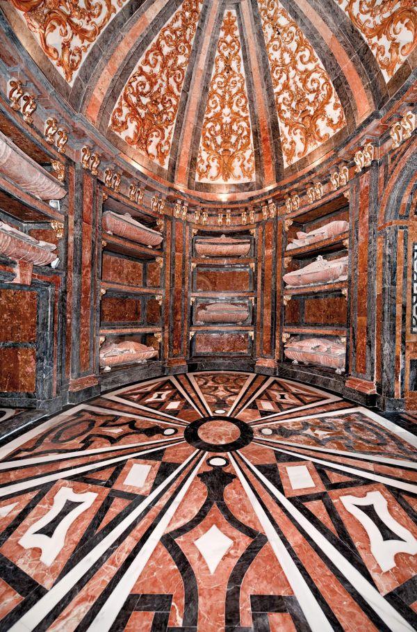 Cripta de los Mendoza