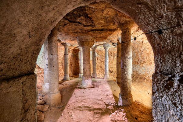 Villarrubia de Santiago | Cueva de Yedra