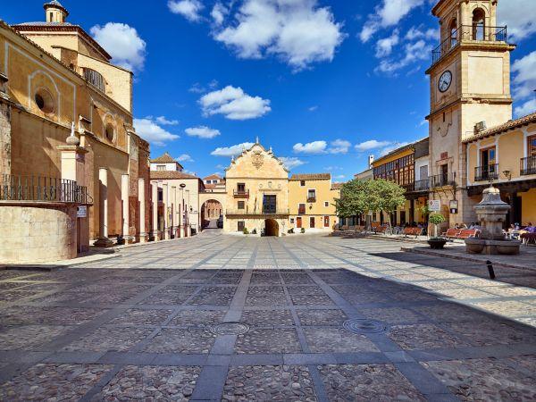 Chinchilla   Plaza
